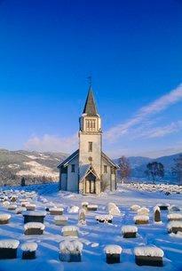 Church near Evje, Norwayの写真素材 [FYI03767206]