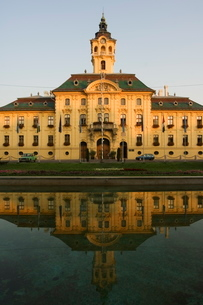 City Hall, dating from 1799, designed by Istvan Vedres and Janes Schwortz, Szeged, Hungaryの写真素材 [FYI03767276]
