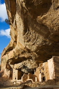 Spruce Tree House Ruins, Pueblo ruins in Mesa Verde containing some of the most elaborte Pueblo dwelの写真素材 [FYI03767347]