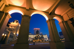 St. Sophia Russian Orthodox Church seen through arches illuminated at night, built in 1907 in the Daの写真素材 [FYI03767475]