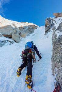 Chere couloir on Mont Blanc du Tacul, Chamonix, Rhone Alps, Haute Savoieの写真素材 [FYI03767987]