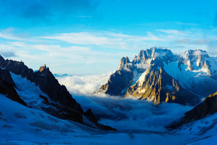 Aiguille Verte and Les Drus, Vallee Blanche, Chamonix, Rhone Alps, Haute Savoieの写真素材 [FYI03767991]