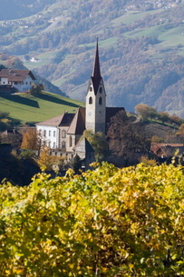 Gudon, Val di Funes, Dolomites, Bolzano province, Trentino-Alto Adigeの写真素材 [FYI03768147]