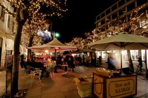 Stroget Ostergade shopping area at Christmas, Copenhagen, Denmark, Scandinaviaの写真素材 [FYI03768196]