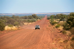 Mereenie Loop, the four wheel drive road from Kings Canyon to Alice Springs, Northern Territoryの写真素材 [FYI03768293]