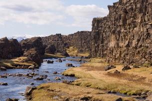 Oxararfoss waterfall on Mid-Atlantic Rift, Thingvellir National Park, Icelandの写真素材 [FYI03768322]