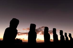 Ahu Akivi, Rapa Nui (Easter Island)の写真素材 [FYI03768551]
