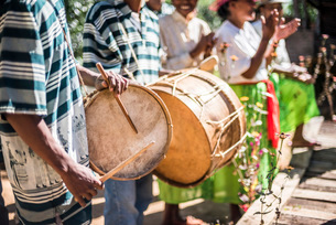 Drums and traditional music at Ambohimahasoa, Haute Matsiatra Region, Madagascar Central Highlands,の写真素材 [FYI03769555]
