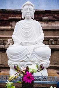 Isurumuniya Vihara, a Buddhist cave temple in the Cultural Triangle, Anuradhapura, Sri Lankaの写真素材 [FYI03769570]