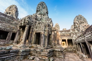 Face towers in Bayon Temple in Angkor Thom, Angkor, Siem Reap Province, Cambodia, Indochina, Southeaの写真素材 [FYI03769775]