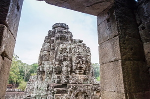 Face towers in Bayon Temple in Angkor Thom, Angkor, Siem Reap Province, Cambodia, Indochina, Southeaの写真素材 [FYI03769786]