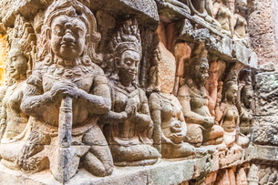 Apsara carvings in the Leper King Terrace in Angkor Thom, Angkor, Siem Reap Province, Cambodia, Indoの写真素材 [FYI03769794]
