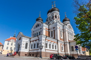 Exterior view of an Orthodox church in the capital city of Tallinn, Estoniaの写真素材 [FYI03769888]