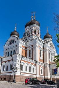 Exterior view of an Orthodox church in the capital city of Tallinn, Estoniaの写真素材 [FYI03769889]