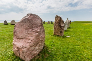 The standing stones in a shape of a ship known as Als Stene (Aleos Stones) (Ale's Stones), Baltic Seの写真素材 [FYI03769941]