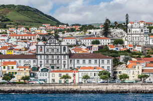 Waterfront view of the city of Horta, Faial Island, Azores, Atlanticの写真素材 [FYI03770395]