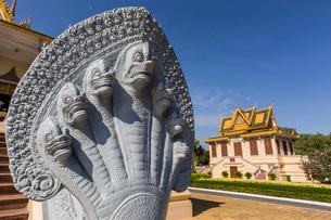 Hor Samran Phirun, Royal Palace, in the capital city of Phnom Penh, on the Mekong River, Cambodia, Iの写真素材 [FYI03770460]