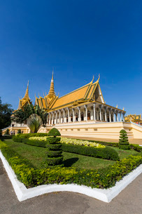 Throne Hall, Royal Palace, in the capital city of Phnom Penh, Cambodia, Indochina, Southeast Asiaの写真素材 [FYI03770462]