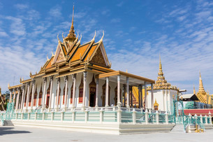 The Silver Pagoda (Wat Preah Keo) in the capital city of Phnom Penh, Cambodia, Indochina, Southeastの写真素材 [FYI03770463]