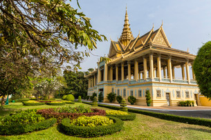 The Moonlight Pavilion, Royal Palace, in the capital city of Phnom Penh, Cambodia, Indochina, Southeの写真素材 [FYI03770464]