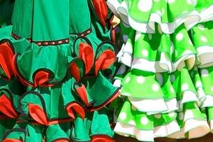 Traditional Spanish dress, Annual Horse Fair, Jerez de la Frontera, Cadiz Province, Andaluciaの写真素材 [FYI03770803]