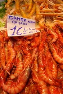 Prawns in Mercado Central (Central Market), Valenciaの写真素材 [FYI03770878]