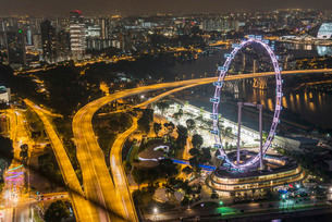 The Flyer at night, Singapore, Southeast Asiaの写真素材 [FYI03770943]