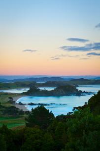 Idyllic coastal landscape near Whangarei, Northland, North Island, New Zealandの写真素材 [FYI03771134]