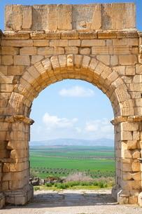 The Arch of Caracalla, Volubilisの写真素材 [FYI03771232]