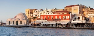 Venetian port and Turkish Mosque Hassan Pascha at the old town of Chania, Crete, Greek Islandsの写真素材 [FYI03771576]