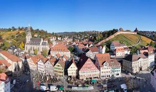 Market Square, St. Paul Minster and Frauenkirche Church and Castle, Esslingen, Baden Wurttembergの写真素材 [FYI03771764]
