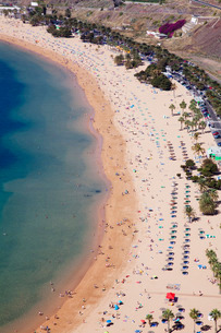 Playa de las Teresitas Beach, San Andres, Tenerife, Canary Islands, Atlanticの写真素材 [FYI03772105]