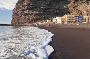 Playa del Puerto Beach of Puerto de Tazacorte, La Palma, Canary Islands, Atlanticの写真素材 [FYI03772205]