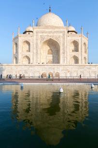 The Taj Mahal, Uttar Pradeshの写真素材 [FYI03772981]