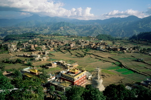 Panoramic view of the Valley, Parping, Nepalの写真素材 [FYI03773645]