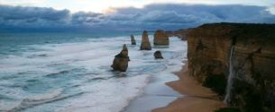 The Twelve Apostel, Port Campbell, Great Ocean Road, Victoriaの写真素材 [FYI03773660]