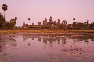 Angkor Wat, Angkor, Siem Reap, Cambodia, Indochina, Southeast Asiaの写真素材 [FYI03774281]