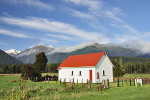 Our Lady of the River community church, Jacobs River, West Coast, South Island, New Zealandの写真素材 [FYI03774449]