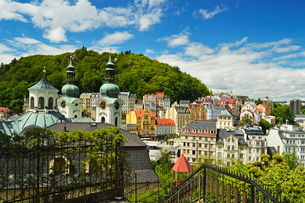 Historic spa section of Karlovy Vary, Bohemiaの写真素材 [FYI03774539]