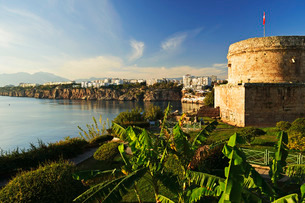 Kaleici old city centre, Antalya, Taurus Mountains and Mediterranean Dea, Antalya Province, Anatoliaの写真素材 [FYI03774649]