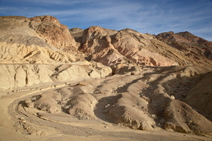 Wash near Artist's Palette on Artist Drive, Death Valley National Parkの写真素材 [FYI03775801]