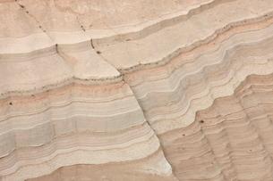 Layered sandstone, Kasha-Katuwe Tent Rocks National Monument, New Mexico'の写真素材 [FYI03775955]