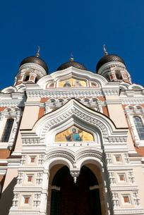 Russian Orthodox Alexander Nevsky cathedral in Toompea, Old Town, Tallinn, Estoniaの写真素材 [FYI03777010]