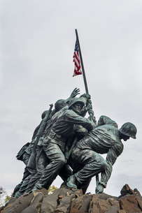 US Marine Corps War Memorial, Arlington, Virginia'の写真素材 [FYI03777366]