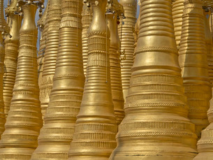 Detail of old Buddhist temple n the Inle Lake region, Shan Stateの写真素材 [FYI03777392]