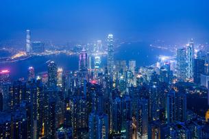 Hong Kong from the Peak, Hong Kongの写真素材 [FYI03777449]