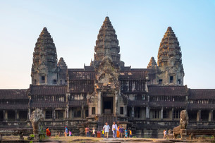 Angkor Wat, Siem Reap Province, Cambodia, Indochina, Southeast Asiaの写真素材 [FYI03777759]