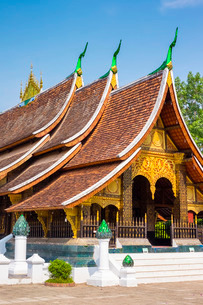 Wat Xieng Thong Buddhist temple, Luang Prabang, Louangphabang Province, Laos, Indochina, Southeast Aの写真素材 [FYI03777802]