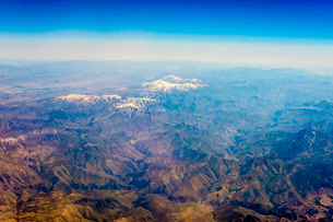 Aerial view of Kashmir mountains, near the border of Pakistan and Afghanistanの写真素材 [FYI03777826]