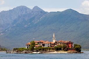 Isola dei Pescatori, Borromeo Islands, Stresa, Lake Maggiore, Piedmontの写真素材 [FYI03778371]